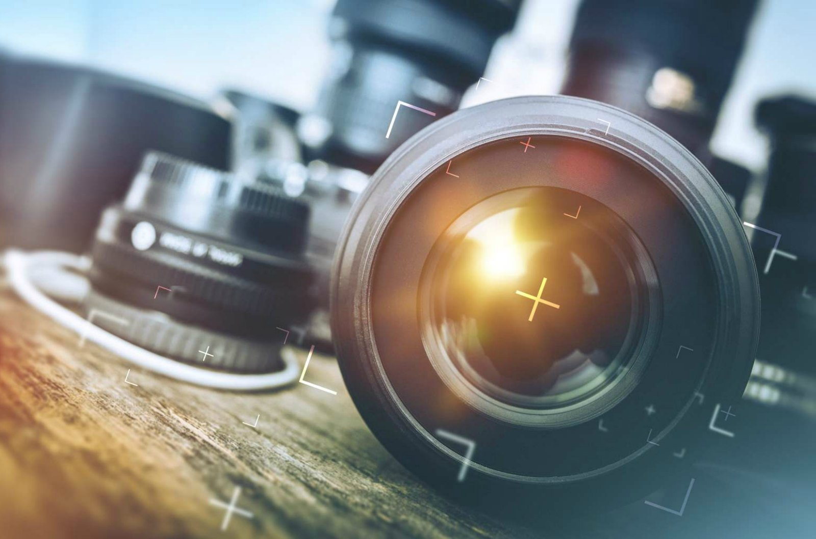 Adaptive Technologies Ideal for Small, Adjustable Camera Lenses